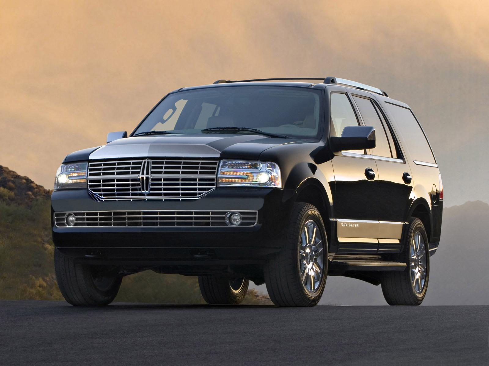 Lincoln Navigator photo 32123