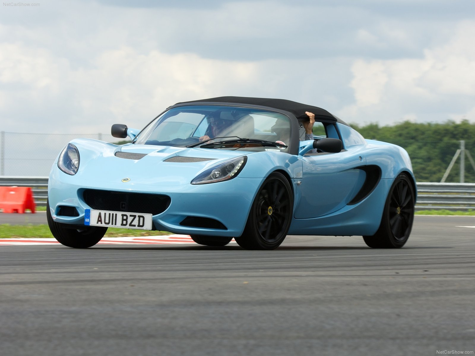 lotus elise club racer photos photogallery with 57 pics. Black Bedroom Furniture Sets. Home Design Ideas