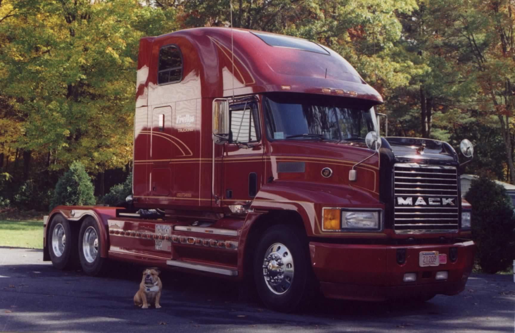 Mack Ch Series Photos Photogallery With 4 Pics Carsbase Com