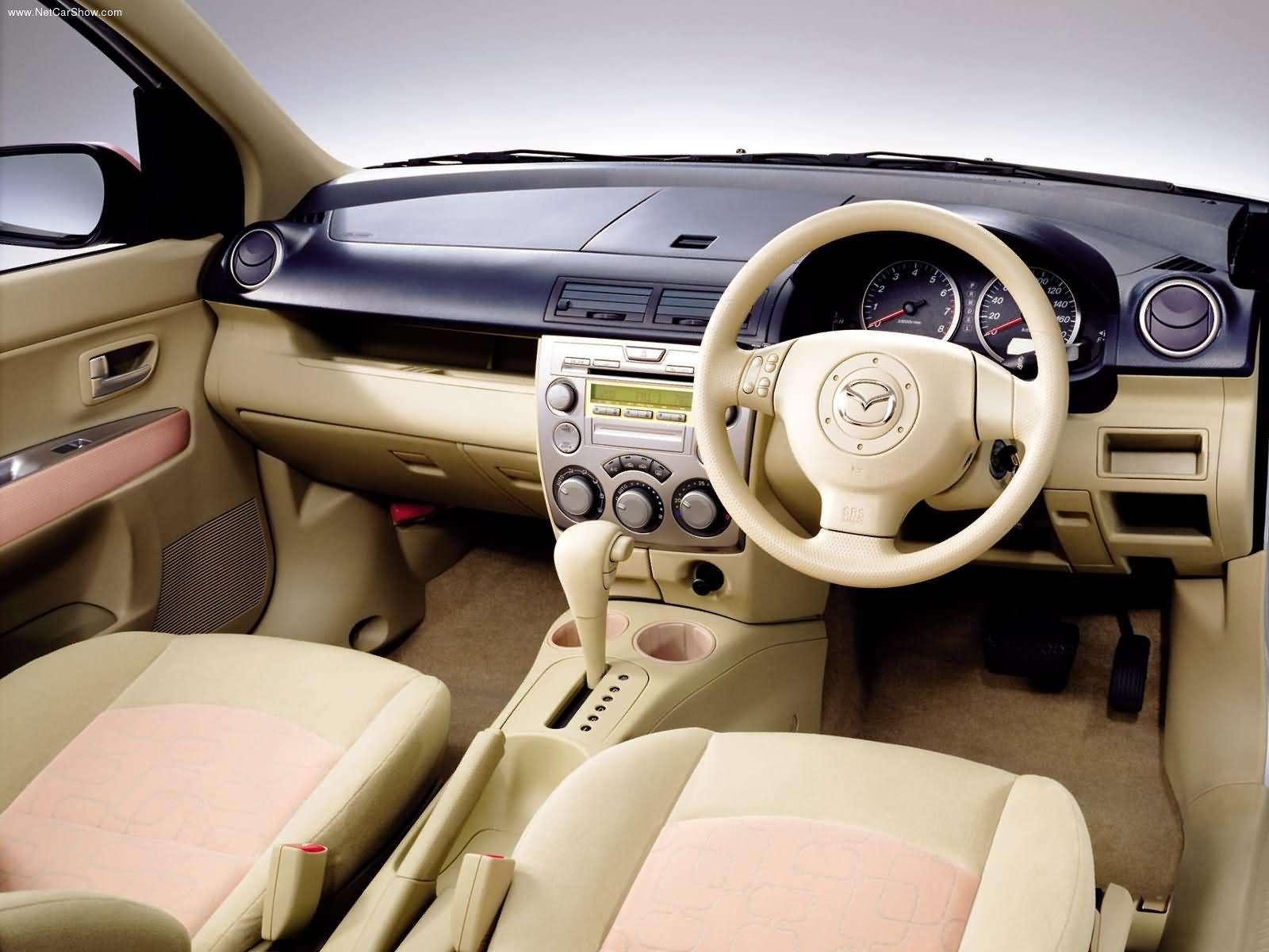 Mazda Demio photos - PhotoGallery with 13 pics| CarsBase.com