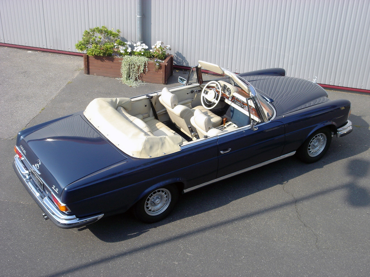62c94 Ford Emblem Main Credit Suisse besides TransistorIgnition furthermore 300sd Vacuum Diagram in addition Wiring Diagram 84 Mercedes 280sl additionally 368396 W108 Euro Headlight Wiring. on wiring diagram 1970 mercedes 280sl