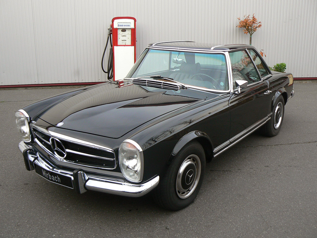 mercedes benz 280 sl roadster photos photogallery with 12 pics. Black Bedroom Furniture Sets. Home Design Ideas