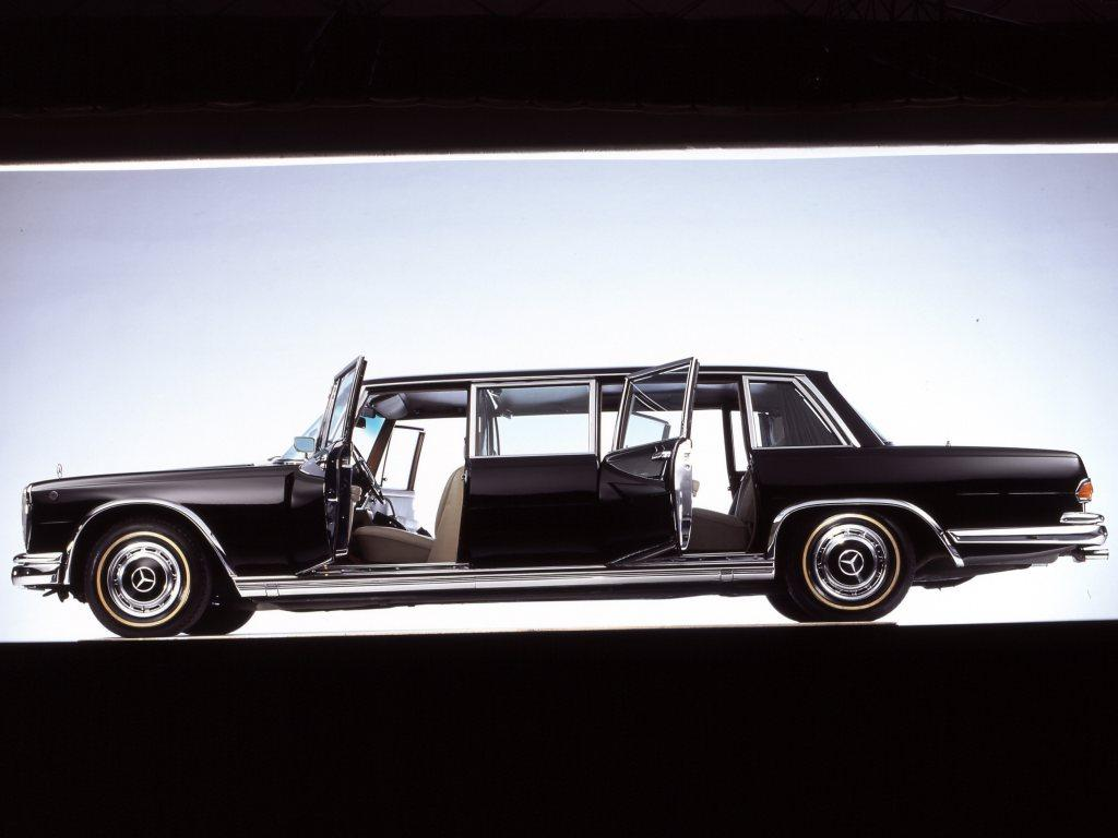 Mercedes benz 600 pullman photos photogallery with 4 for Mercedes benz pullman