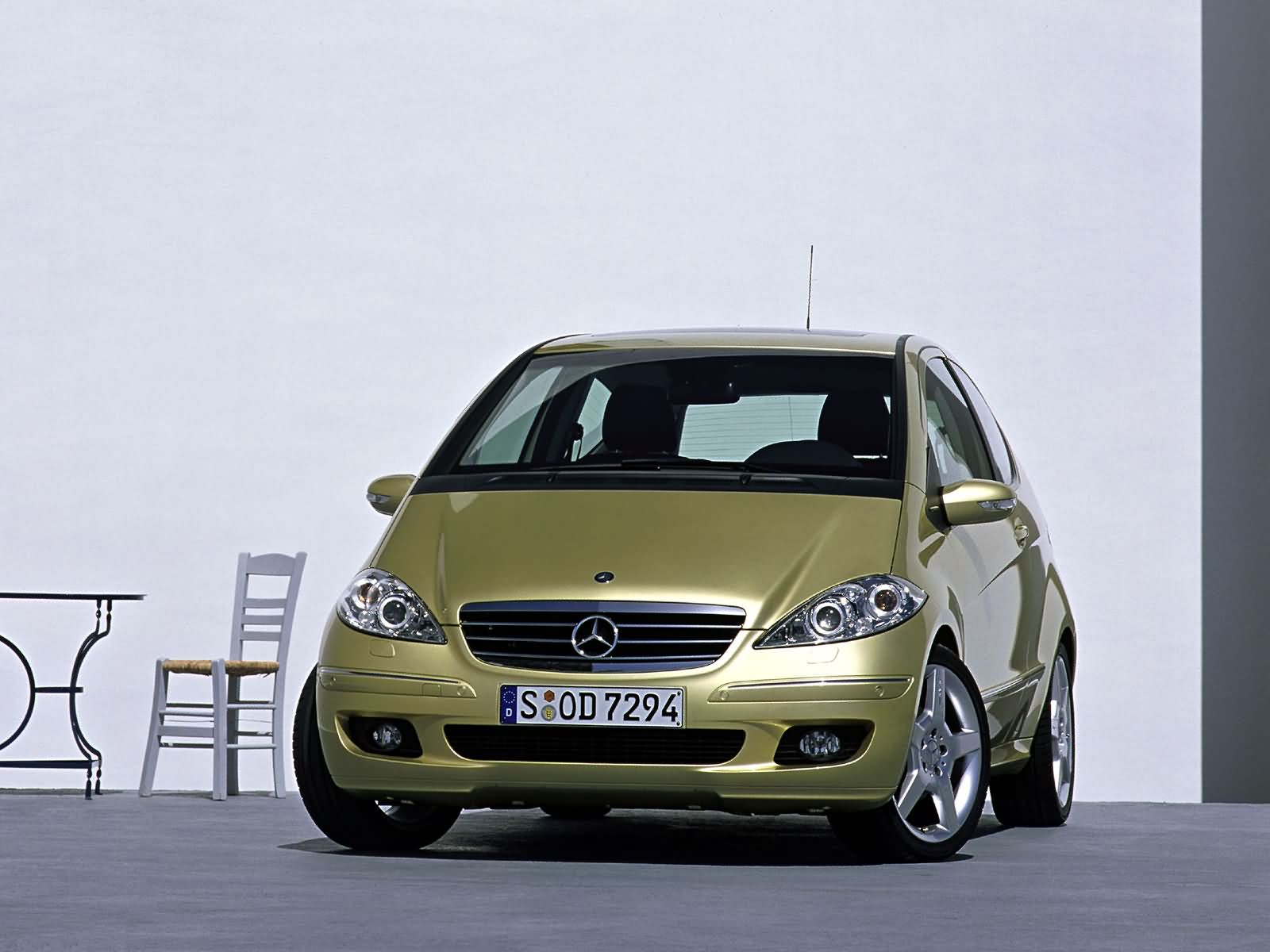 Mercedes benz a200 picture 11937 mercedes benz photo for Mercedes benz a200