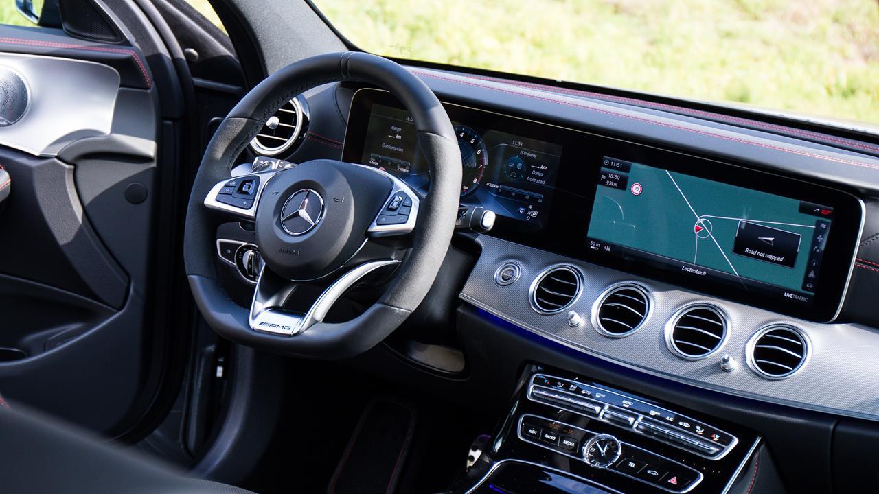 Mercedes-Benz AMG E43 photo 170073
