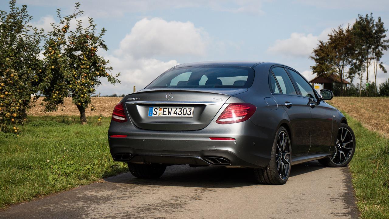 Mercedes-Benz AMG E43 photo 170085