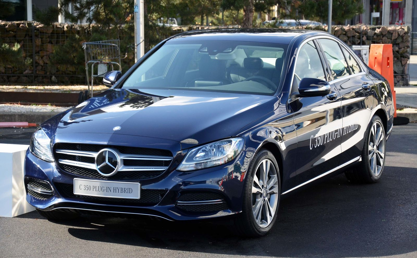 2016 Mercedes-Benz C350e Plug-In Hybrid Drive – Review ...