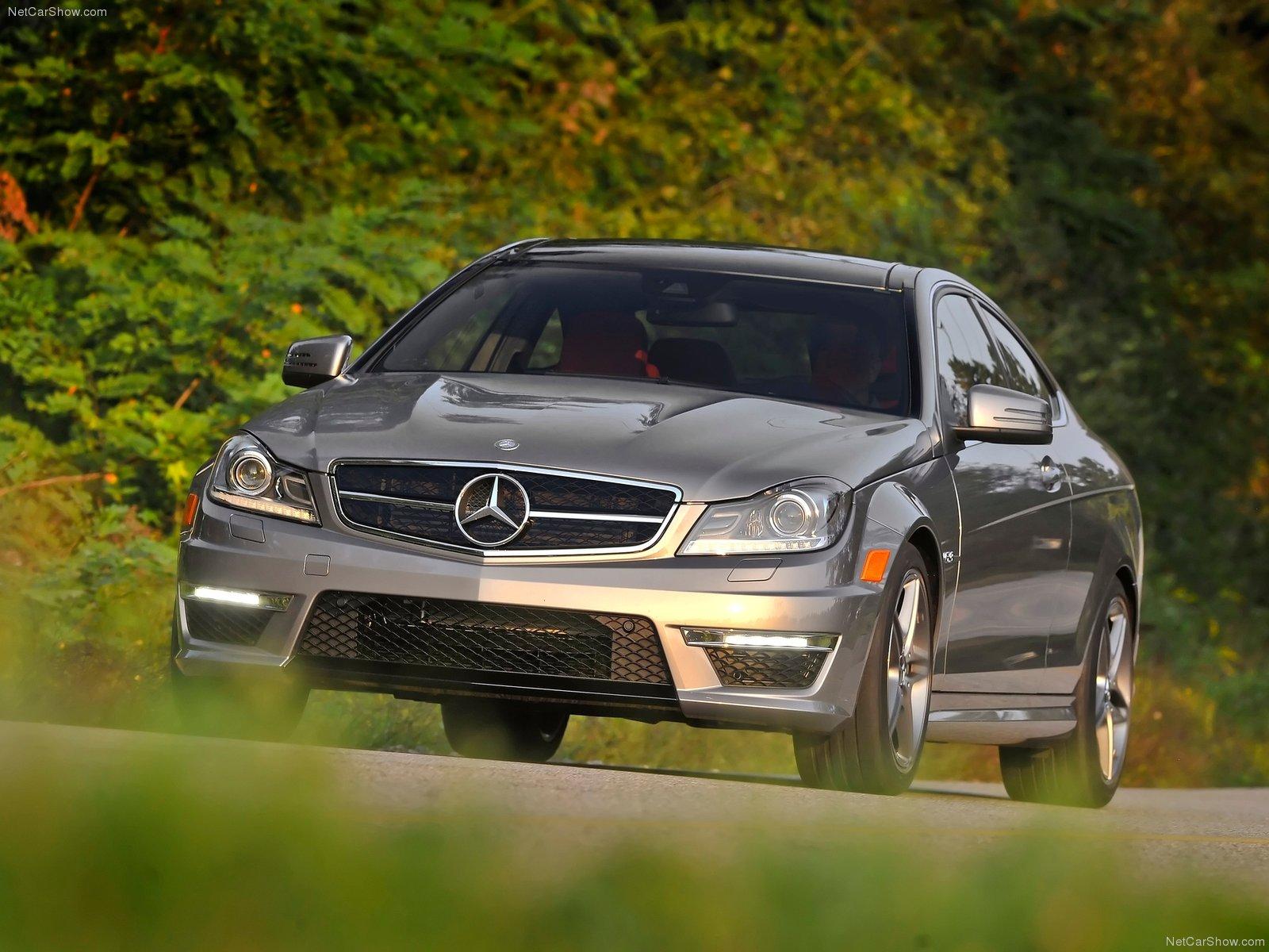 Mercedes-Benz C63 AMG Coupe photo 84568
