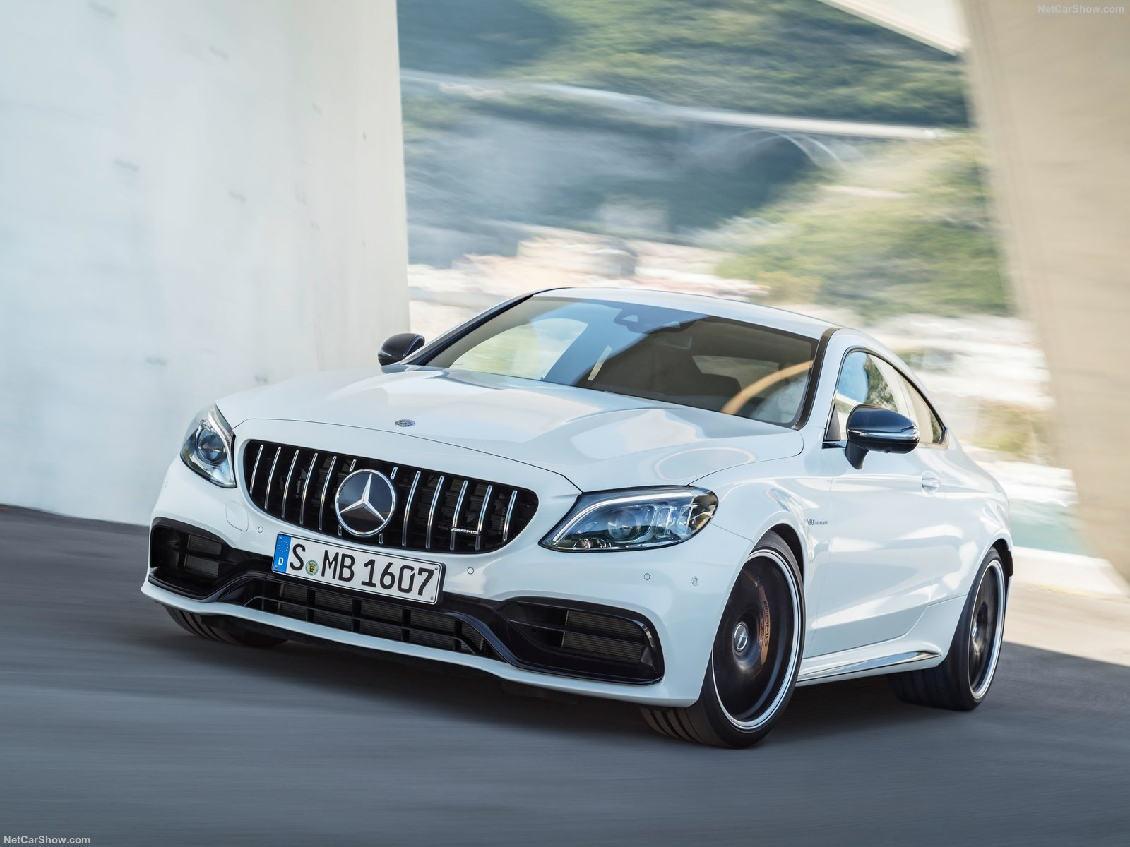 Mercedes-Benz C63 S AMG Coupe photo 187370