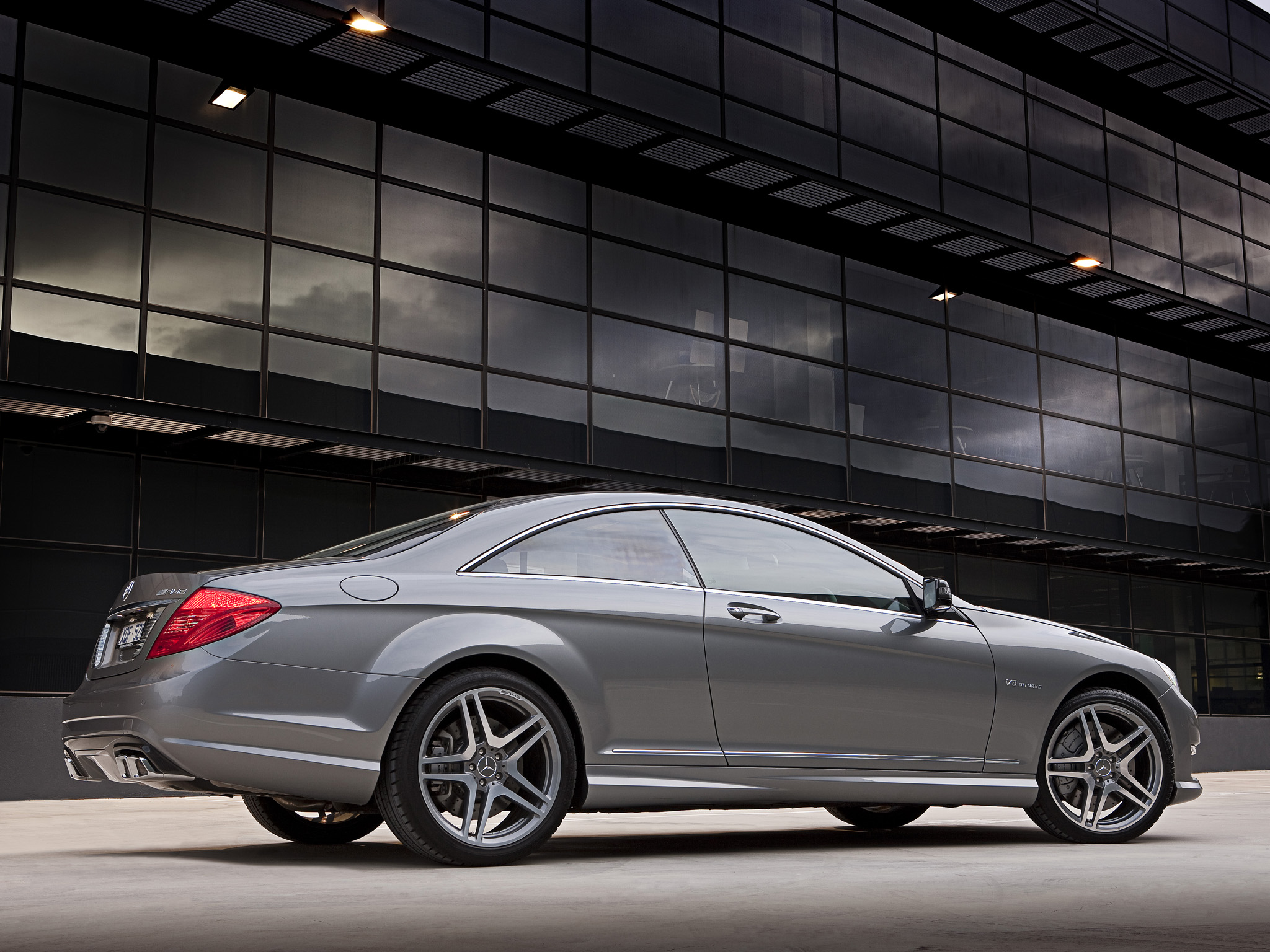 Mercedes benz cl63 amg photos photogallery with 107 pics for Mercedes benz cl63