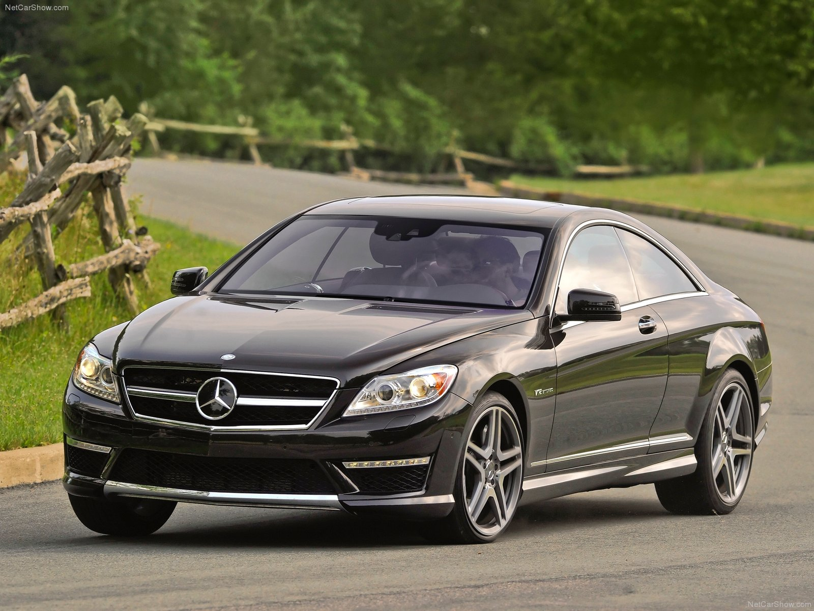 New Mercedes Benz Cl65 Amg Pictures