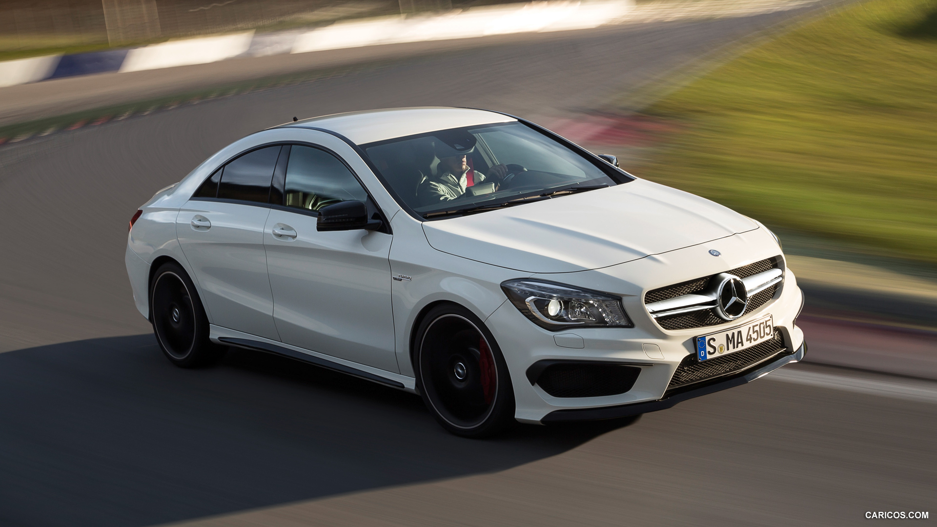 Mercedes benz cla 45 amg photos photogallery with 42 for Cla 45 amg mercedes benz