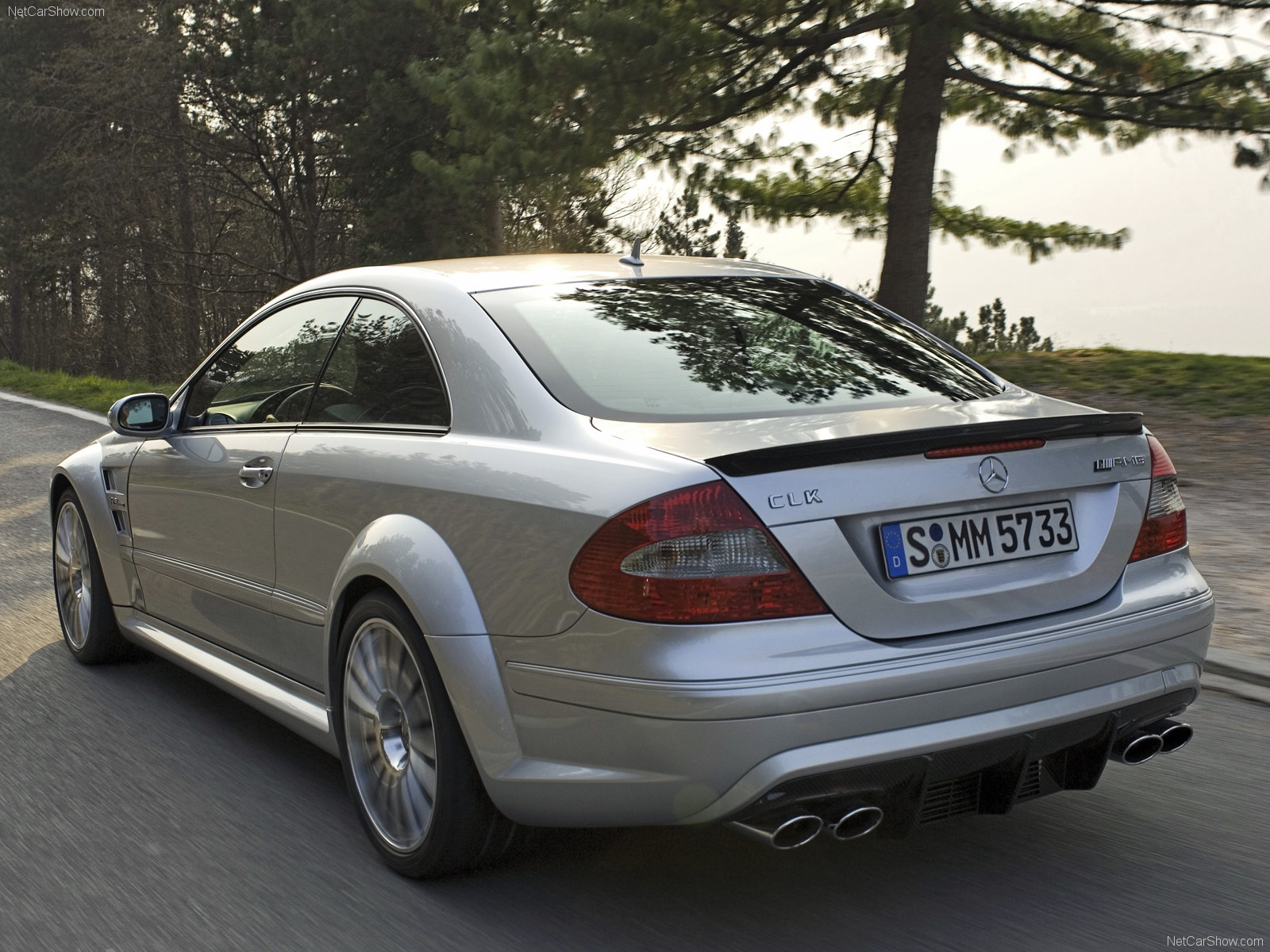 mercedes benz clk63 amg black series photos photogallery with 11 pics. Black Bedroom Furniture Sets. Home Design Ideas