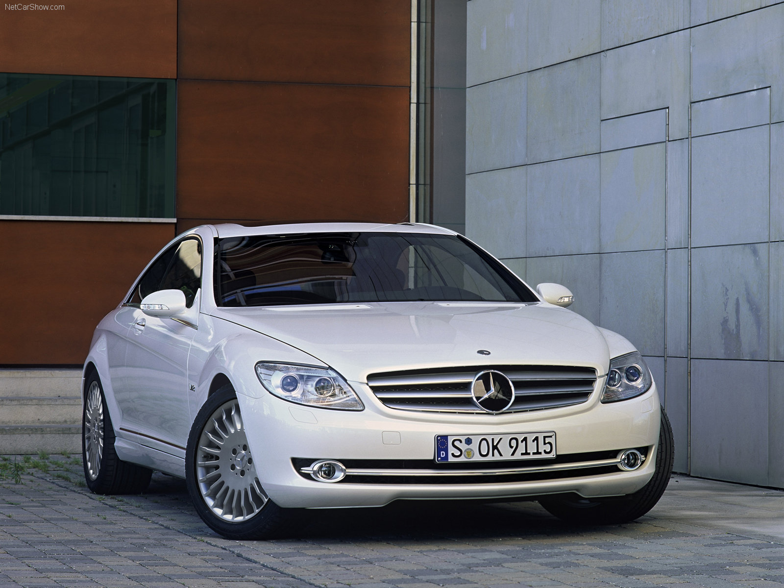 You can vote for this Mercedes-Benz CL-Class W216 photo