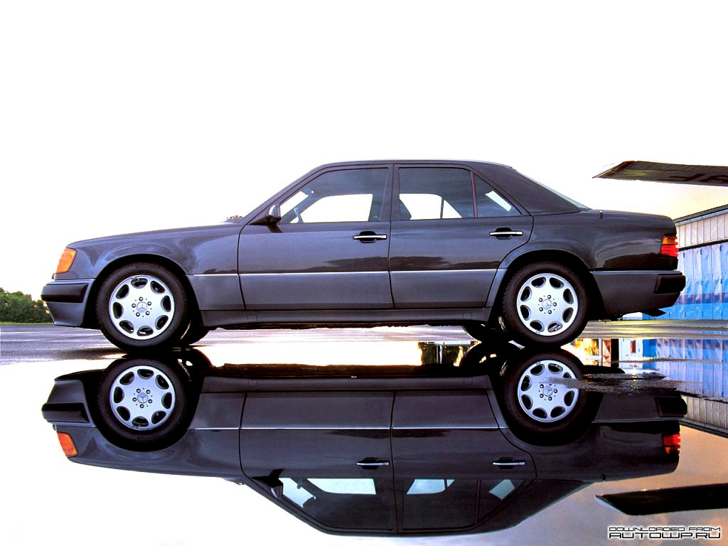 You can vote for this Mercedes-Benz E-Class W124 photo