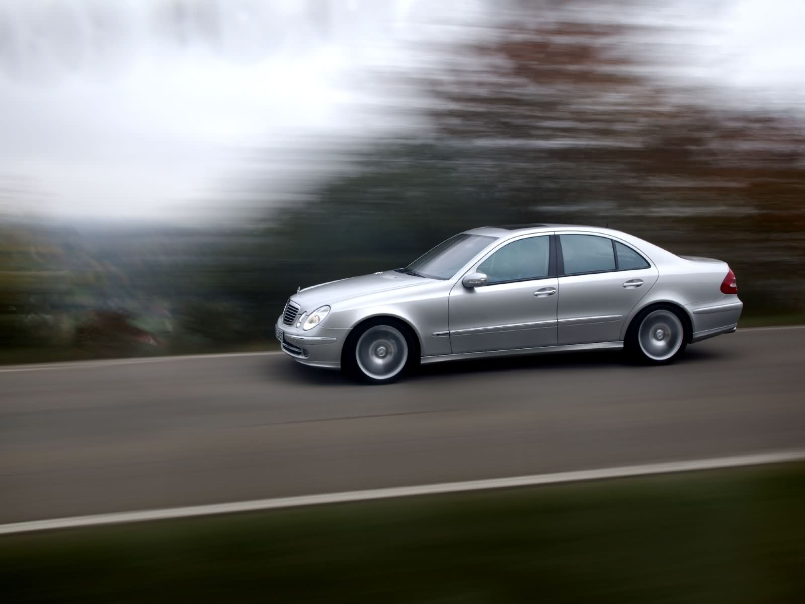 Mercedes benz e class w211 picture 17108 mercedes benz for Mercedes benz video