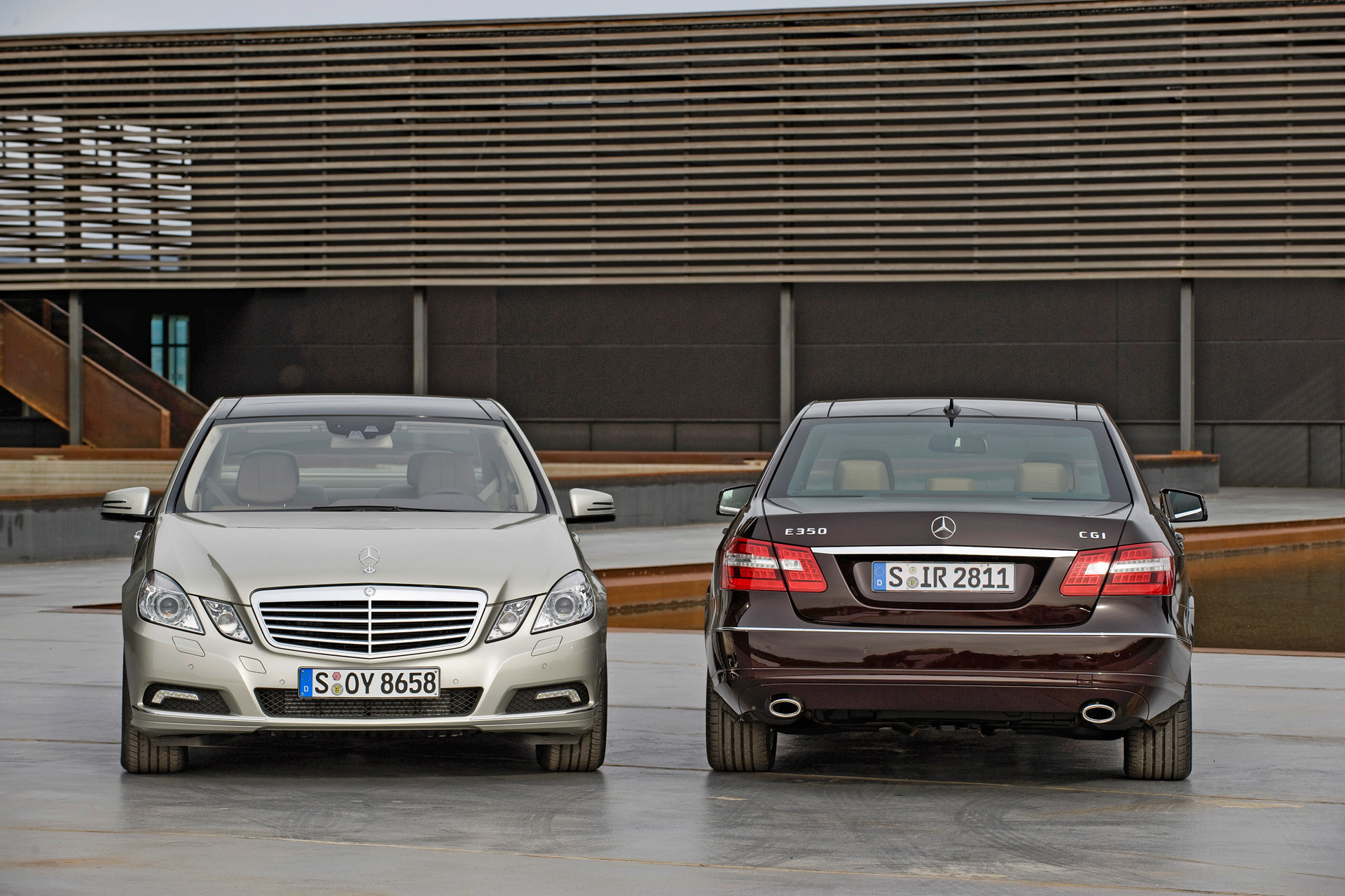 You can vote for this Mercedes-Benz E-Class W212 photo
