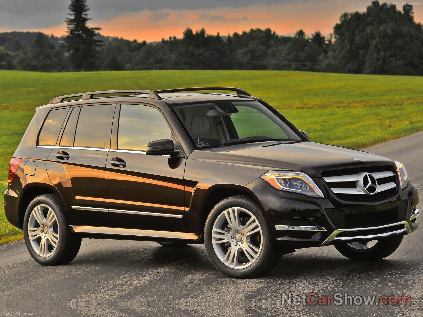 mercedes benz glk amg picture 92904 mercedes benz photo gallery. Black Bedroom Furniture Sets. Home Design Ideas