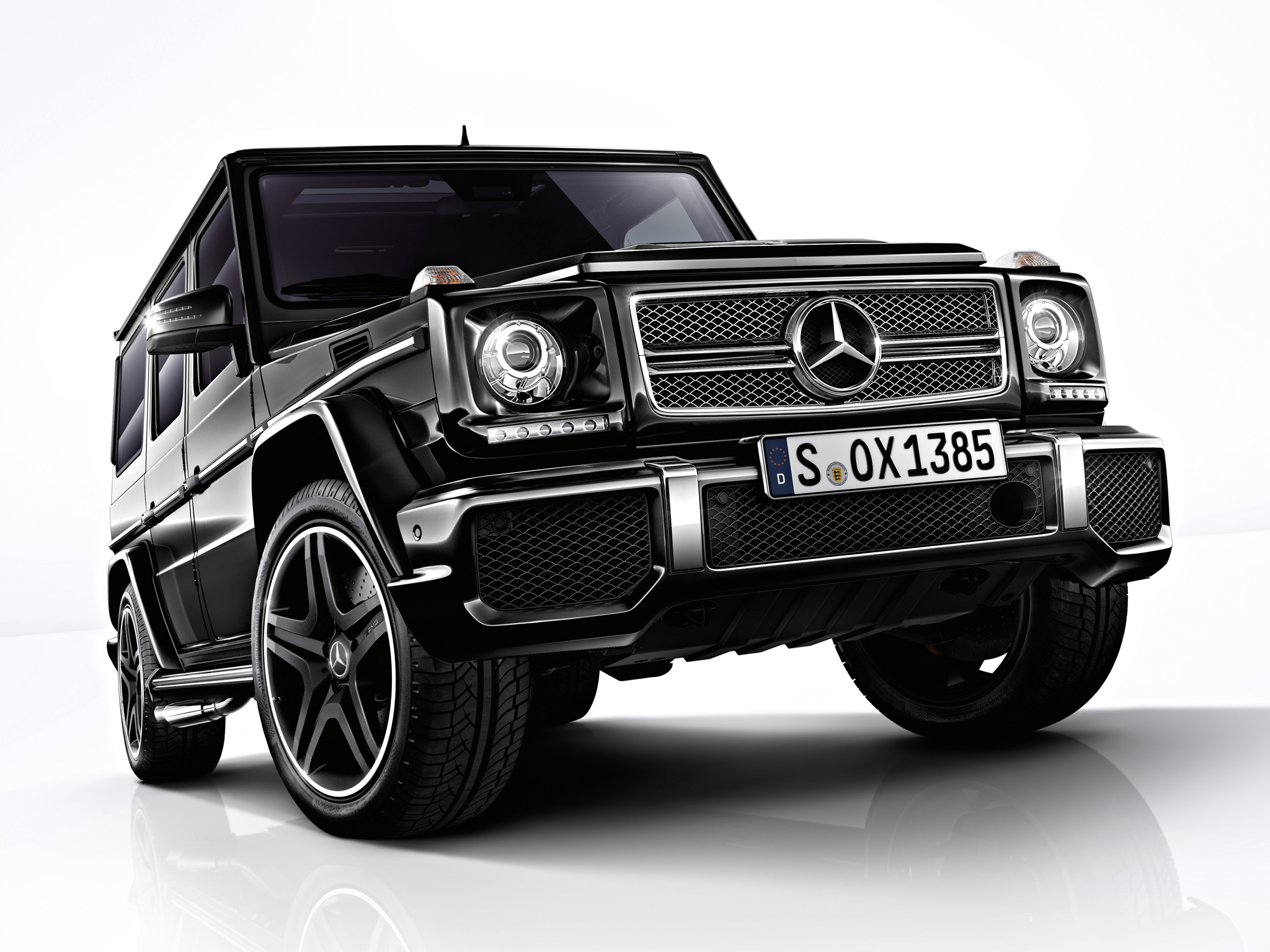 mercedes benz g class amg photos photogallery with 45 pics. Black Bedroom Furniture Sets. Home Design Ideas