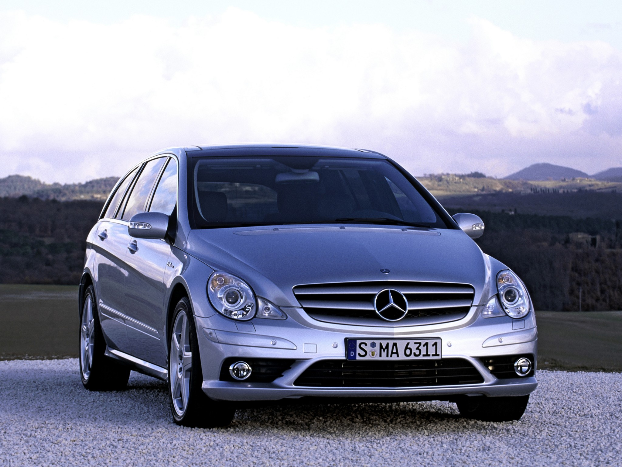 Mercedes benz r class photos photogallery with 57 pics for 57 mercedes benz