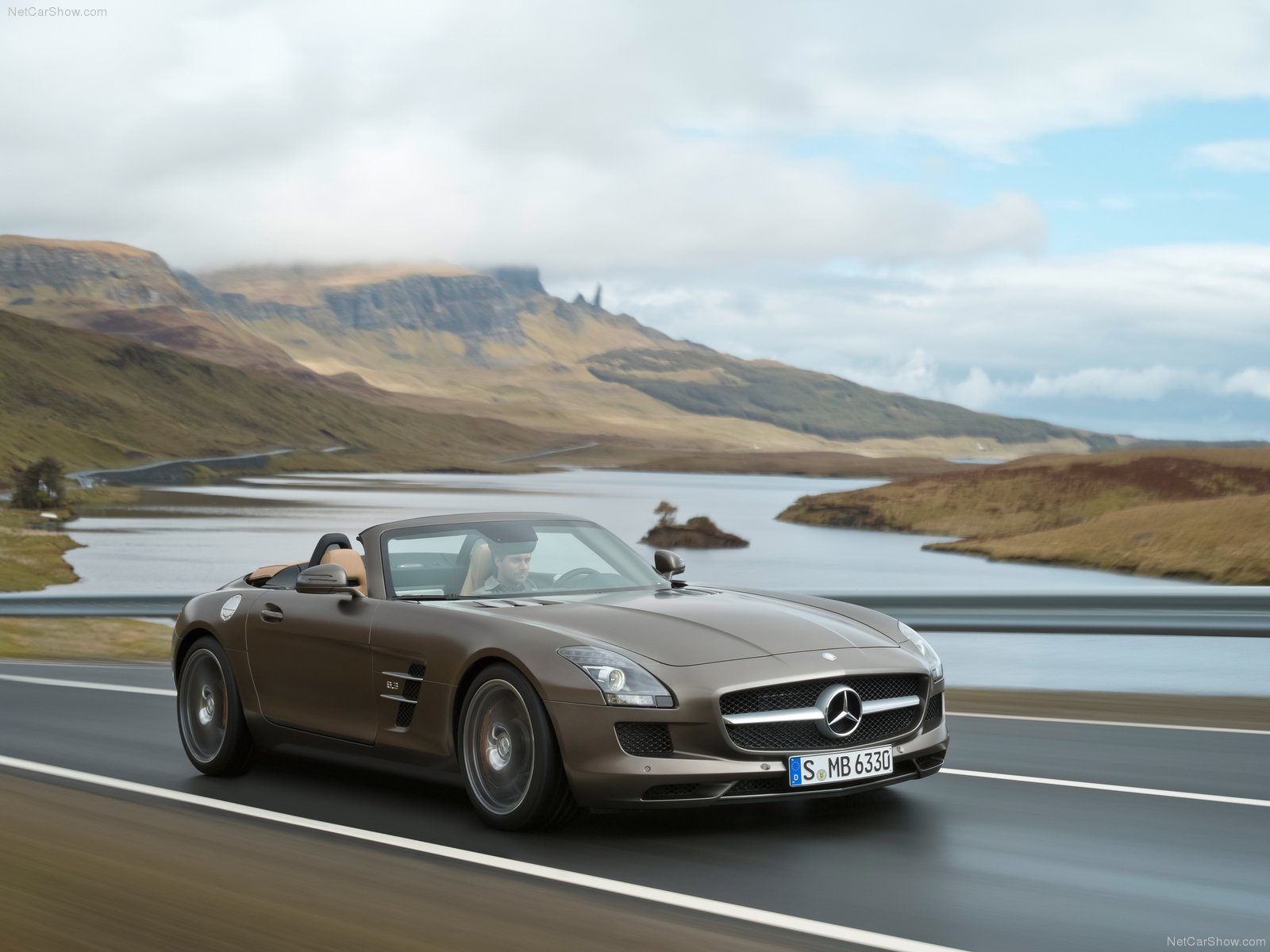 Mercedes-Benz SLS AMG Roadster photo 84726