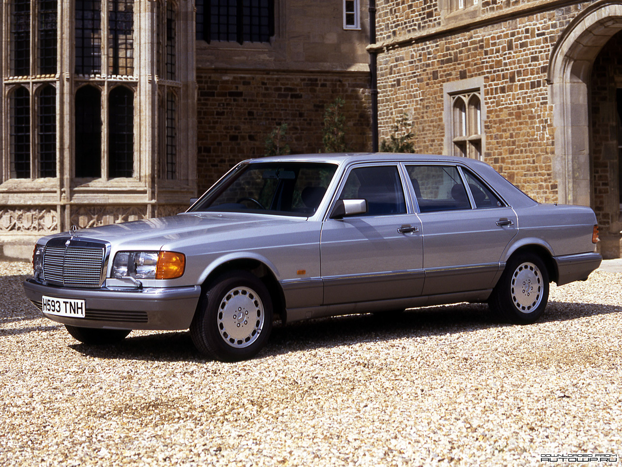 Mercedes benz s class w126 photos photo gallery page 3 for Mercedes benz south