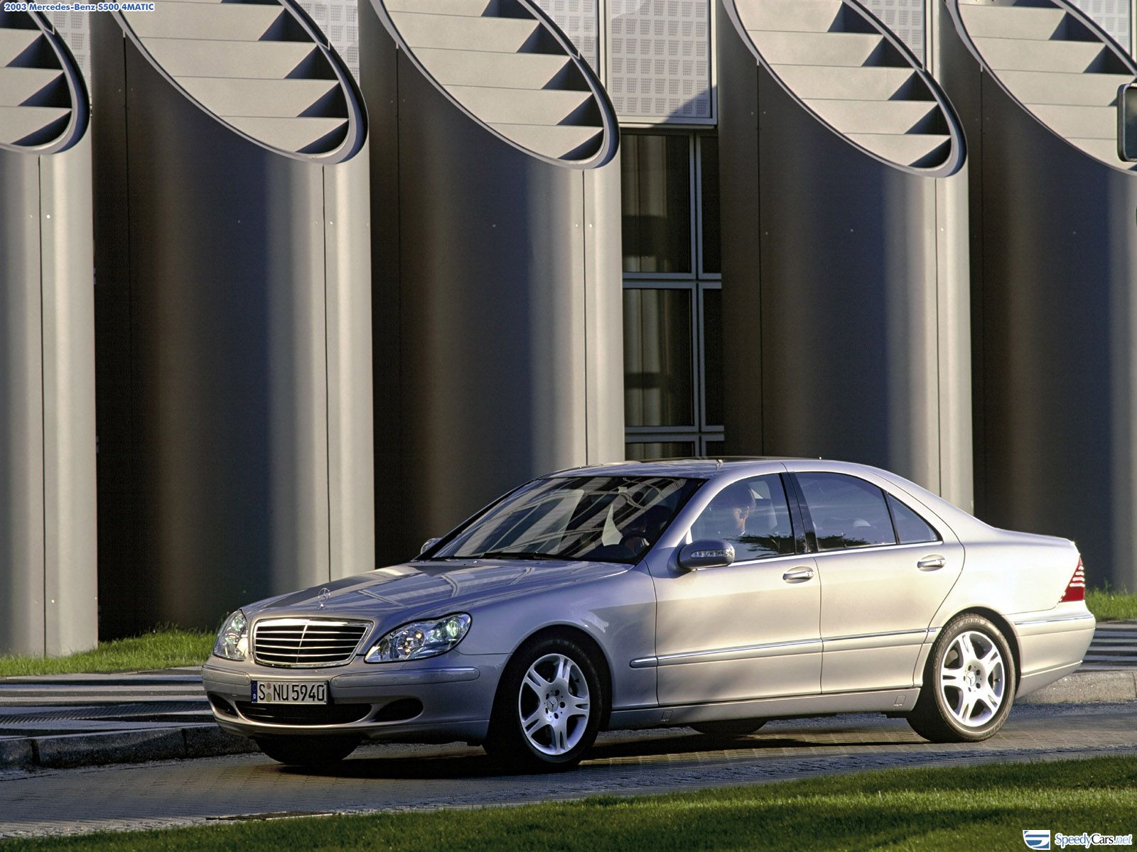mercedes benz s class w220 photos photogallery with 18 pics. Black Bedroom Furniture Sets. Home Design Ideas