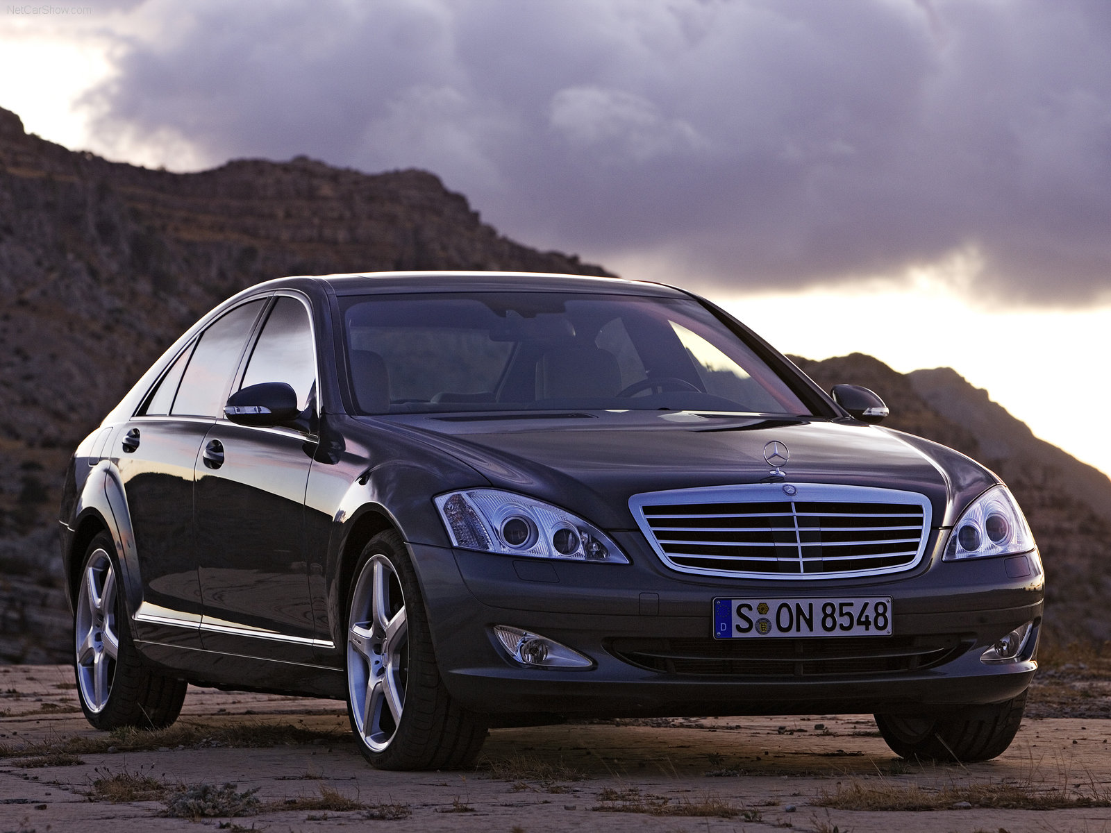 mercedes benz s class w221 photos photogallery with 51. Black Bedroom Furniture Sets. Home Design Ideas