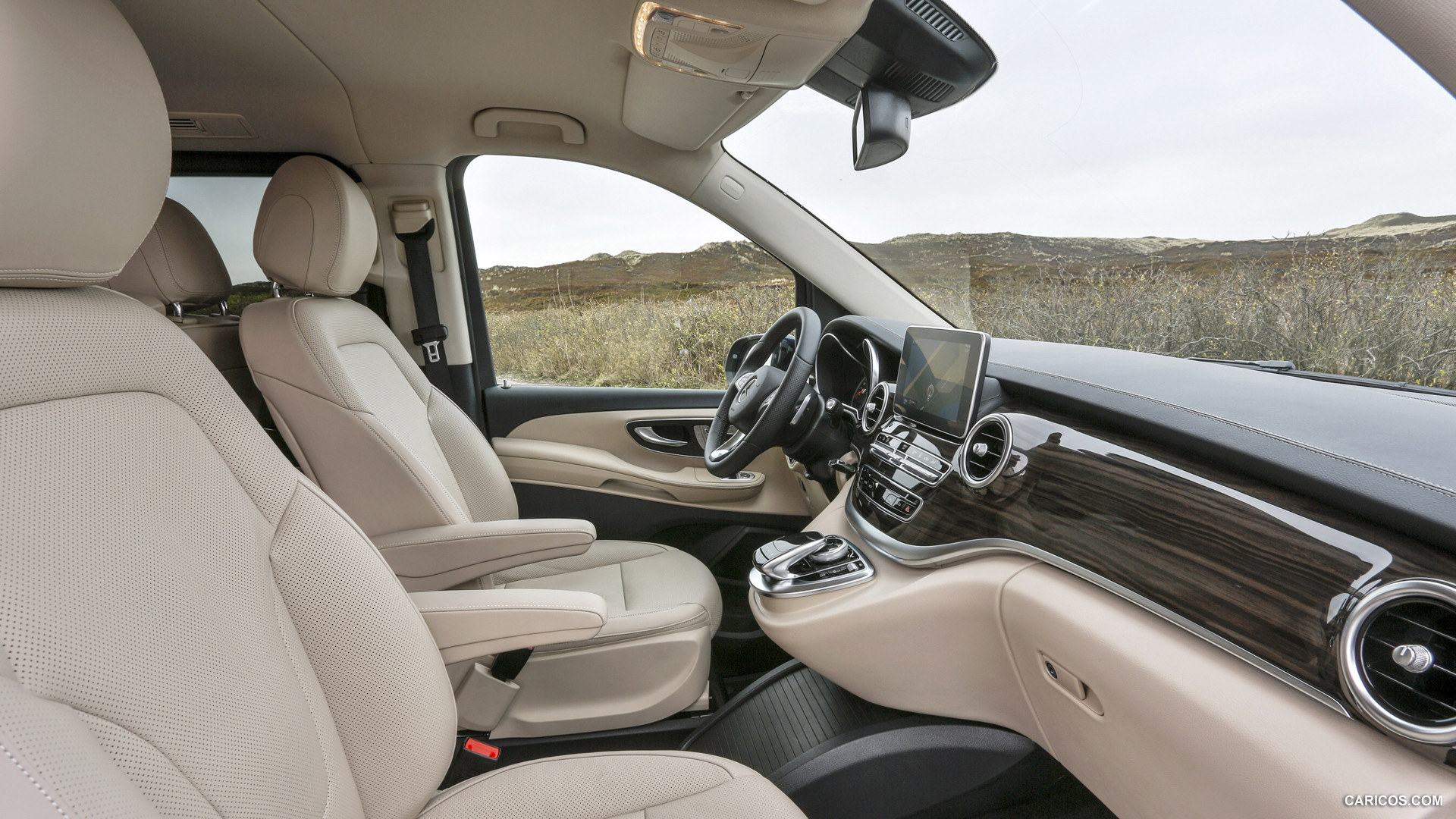 Mercedes-Benz V-Class photo 118358