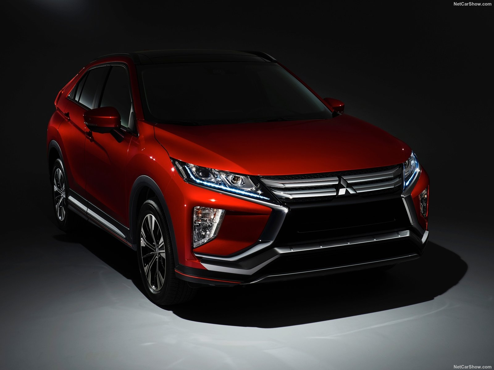 Mitsubishi Eclipse Cross photo 180315