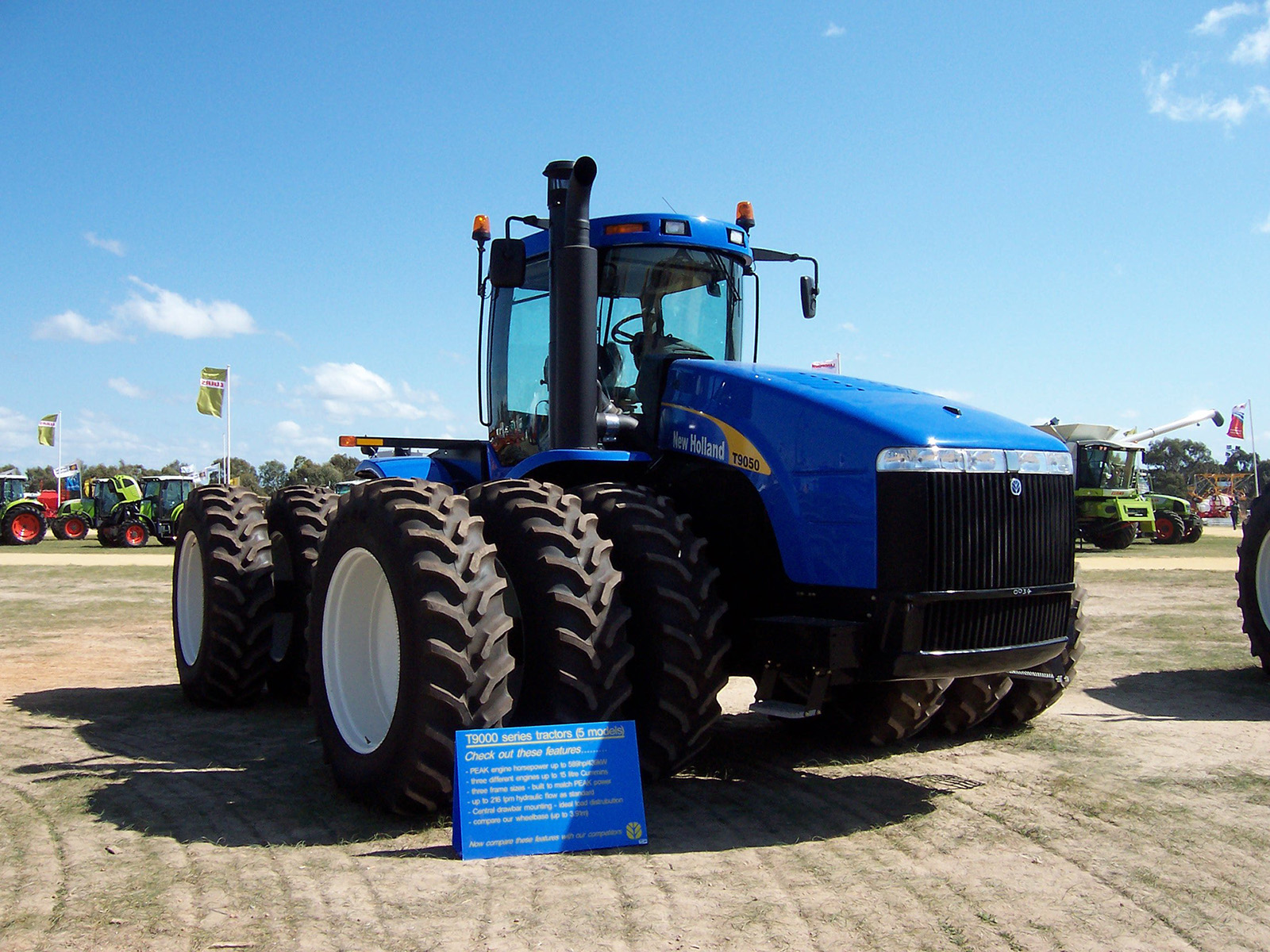 New Holland T9050 Photos Photogallery With 1 Pics