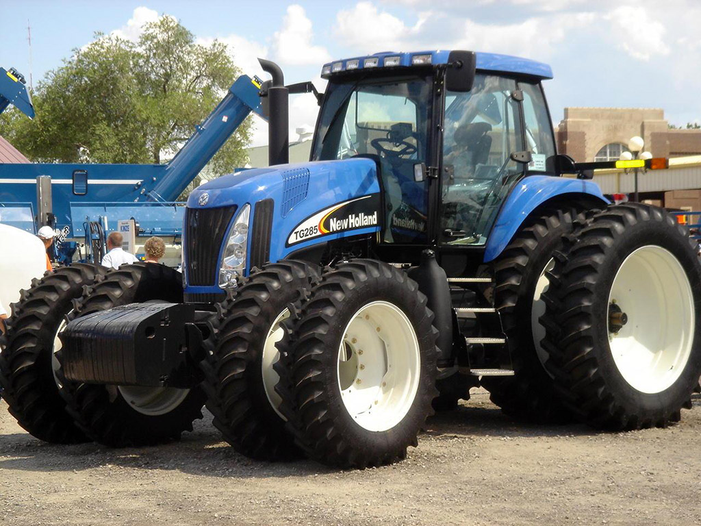 New Holland Tg285 Photos Photogallery With 2 Pics