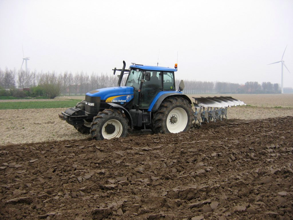 New Holland TM190 photos - PhotoGallery with 3 pics| CarsBase.com