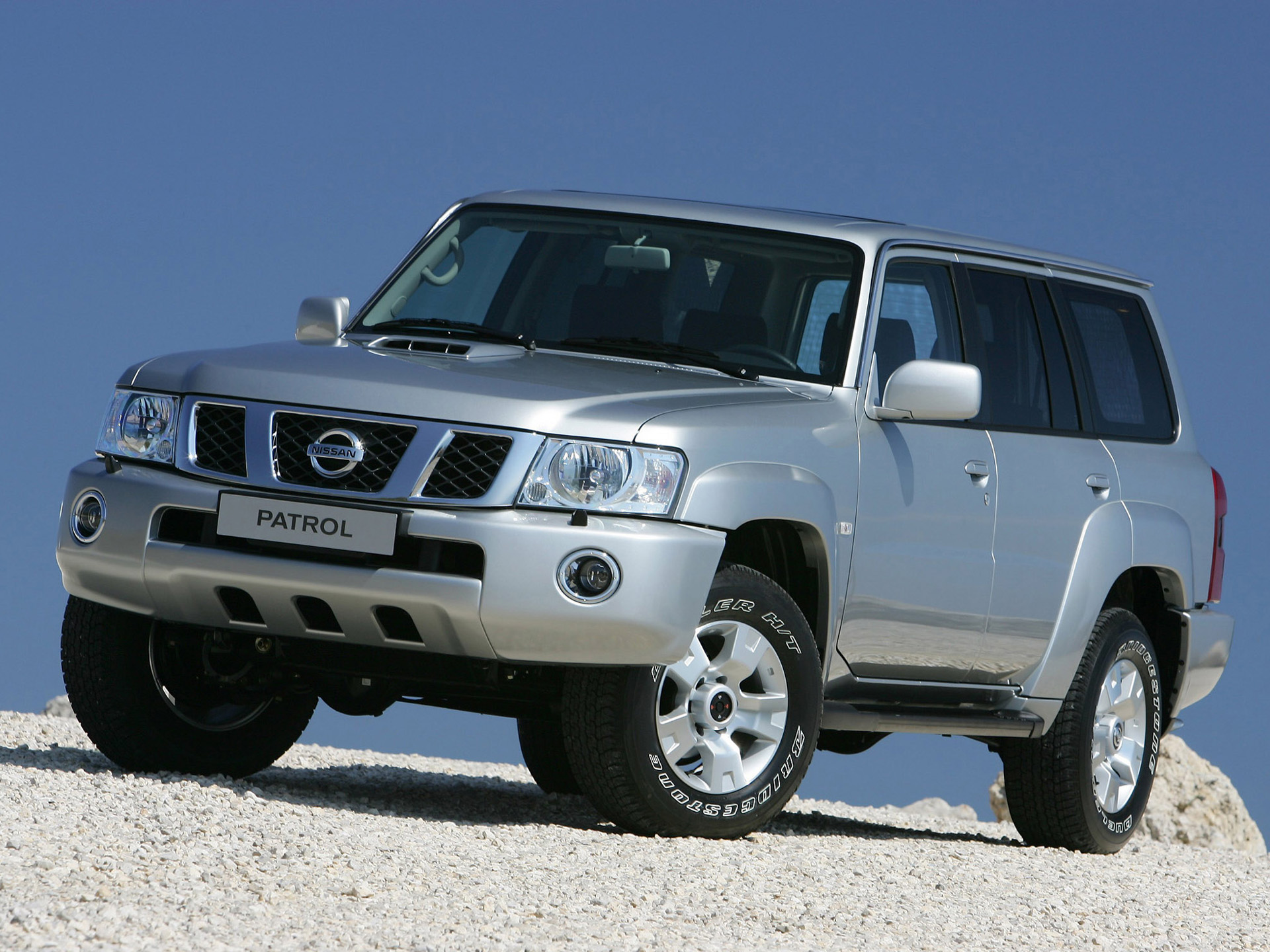 Nissan Patrol picture ...