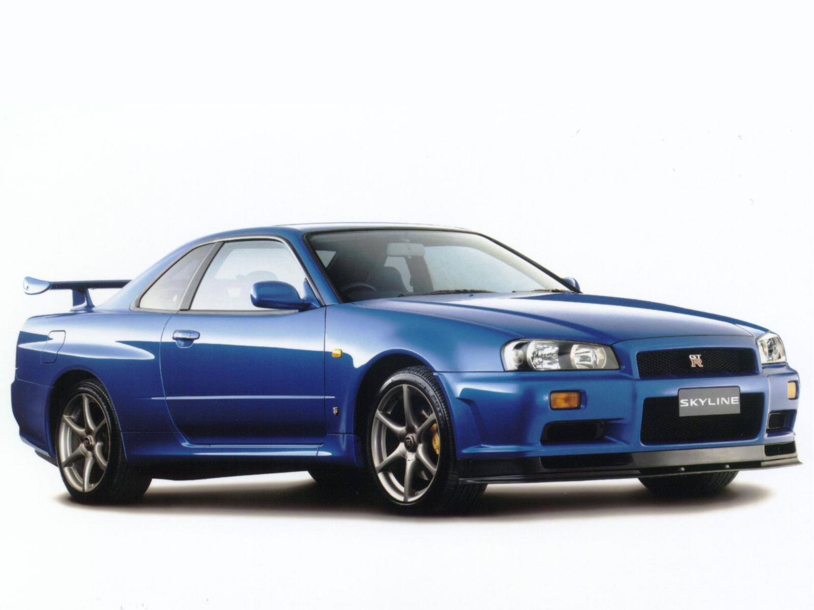 Nissan Skyline Gt R Photos Photogallery With 26 Pics