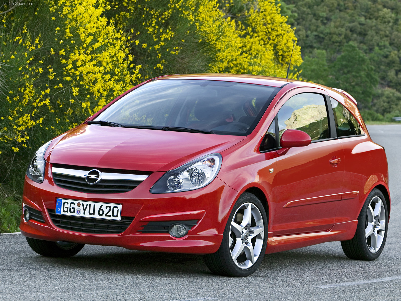 opel corsa gsi photos photogallery with 16 pics. Black Bedroom Furniture Sets. Home Design Ideas