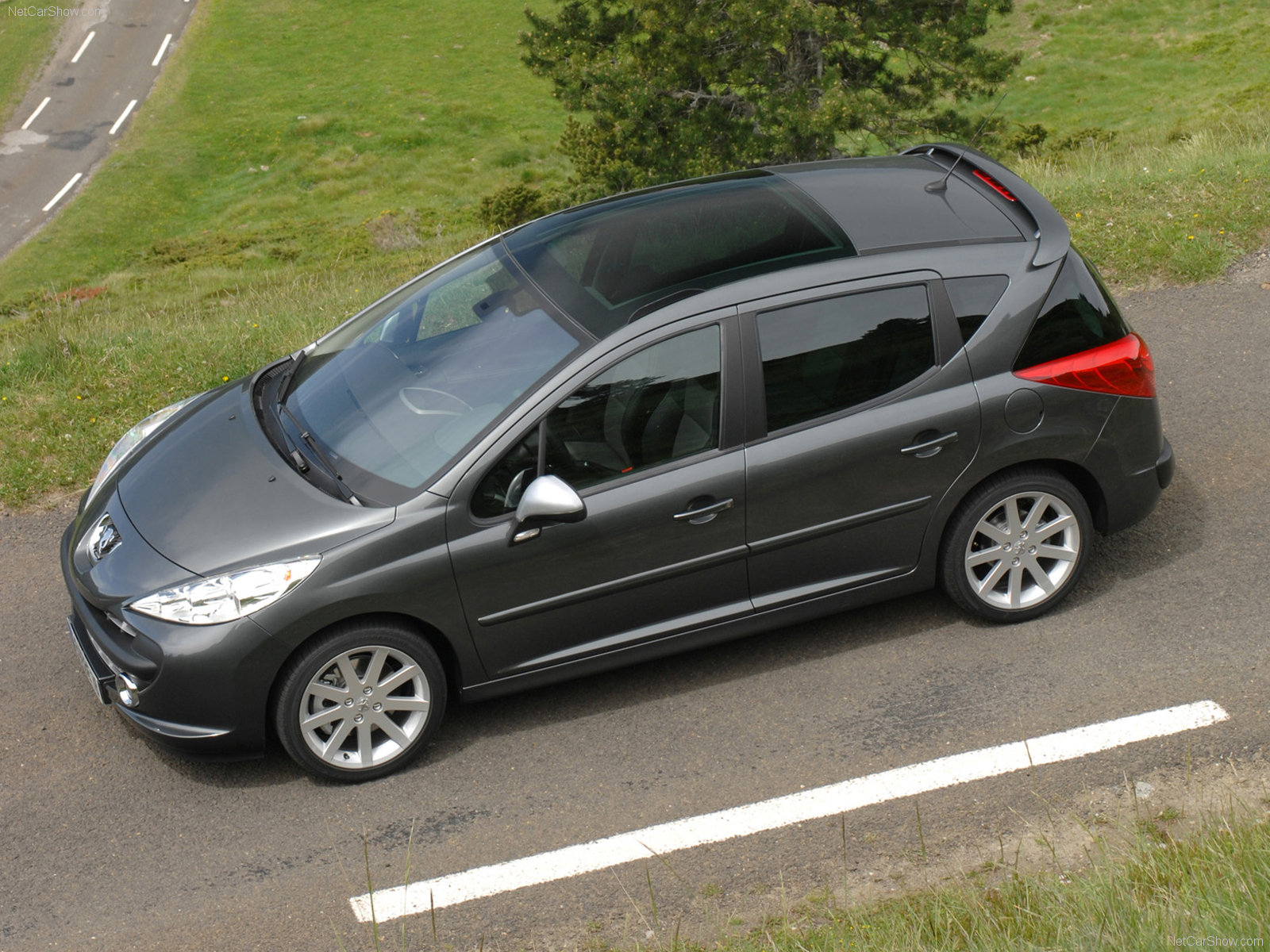 peugeot 207 sw rc photos photogallery with 14 pics. Black Bedroom Furniture Sets. Home Design Ideas