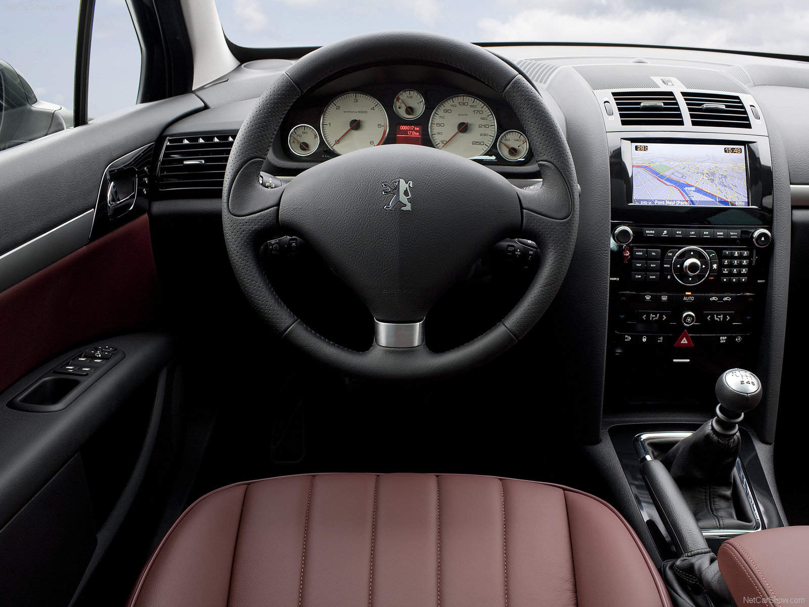 Peugeot 407 sw picture 56473 peugeot photo gallery for Interior 407 coupe