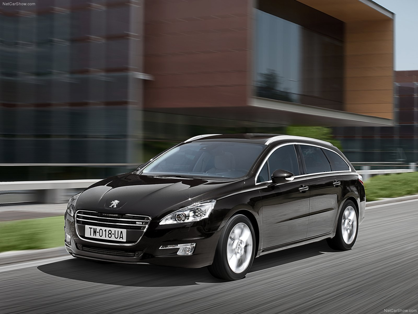 peugeot 508 sw photos photogallery with 37 pics. Black Bedroom Furniture Sets. Home Design Ideas