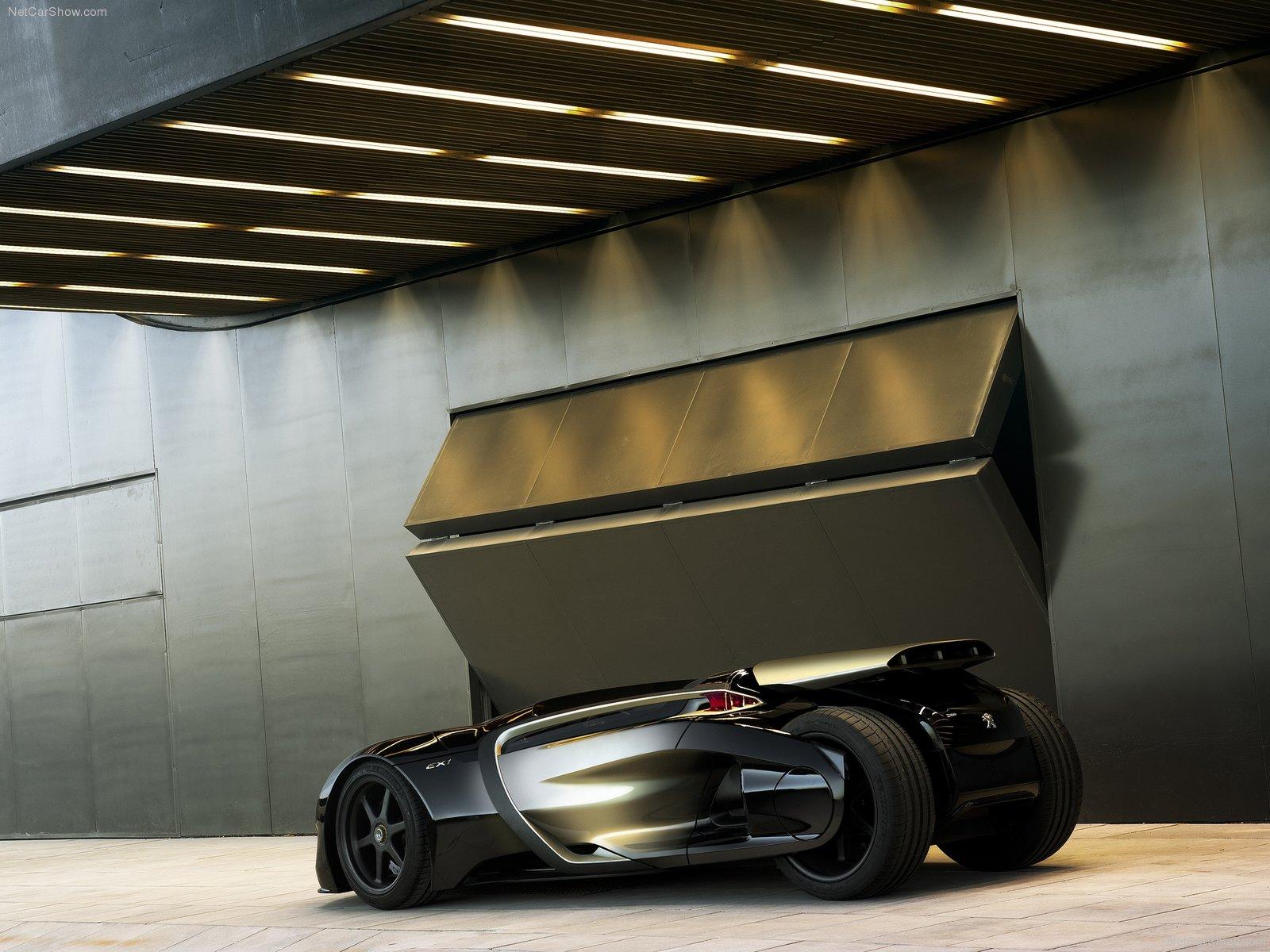 New Peugeot EX1 Pictures