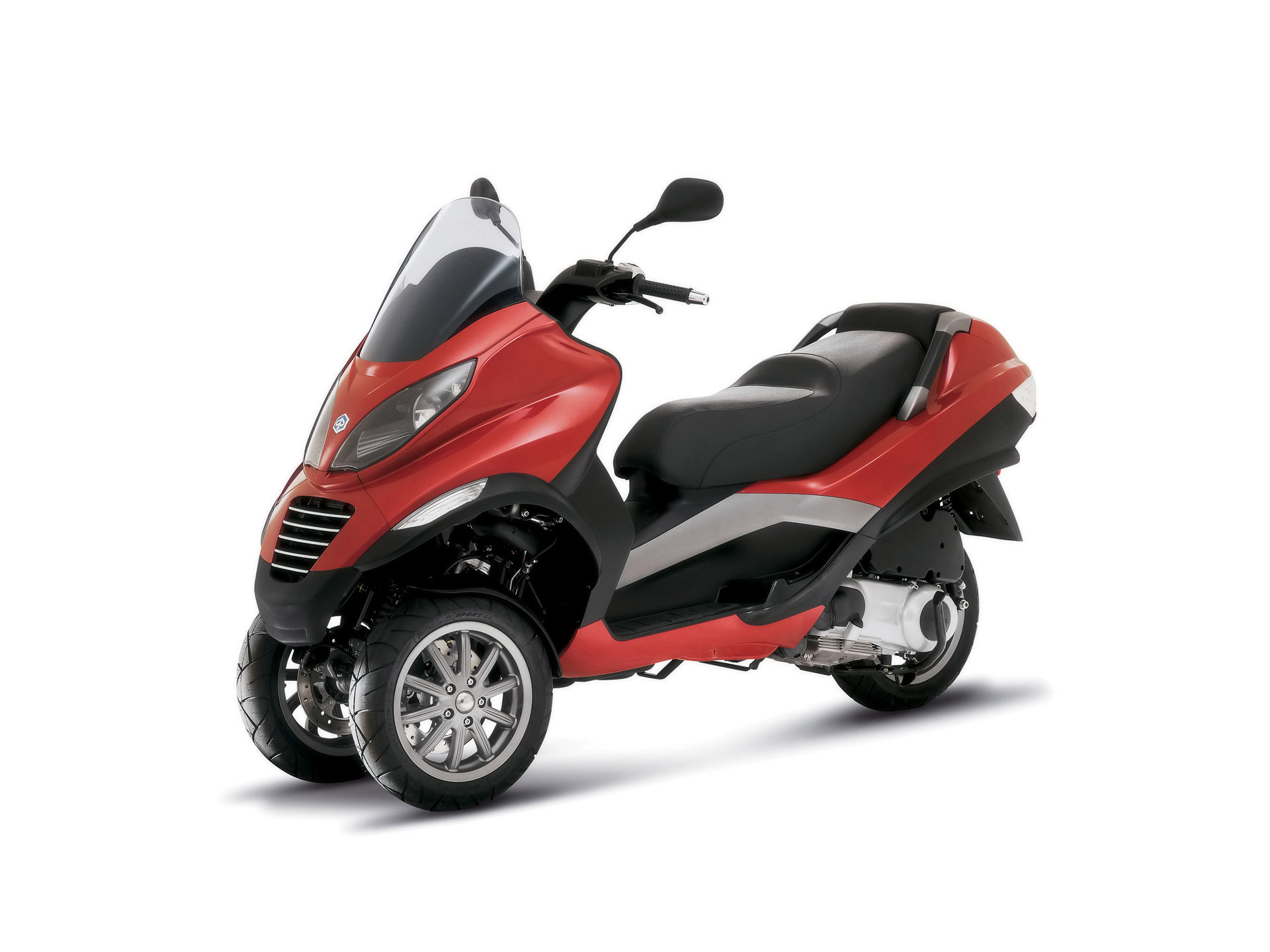 Piaggio mp3 picture 35447 piaggio photo gallery for 3 wheel motor scooters for adults