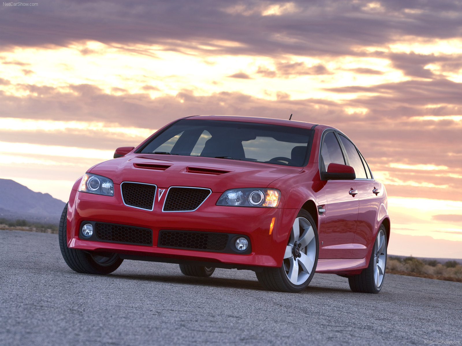 Pontiac G8_GT_mp41_pic_52921 pontiac g8 gt photos photogallery with 22 pics carsbase com g8 gt fuse box at crackthecode.co