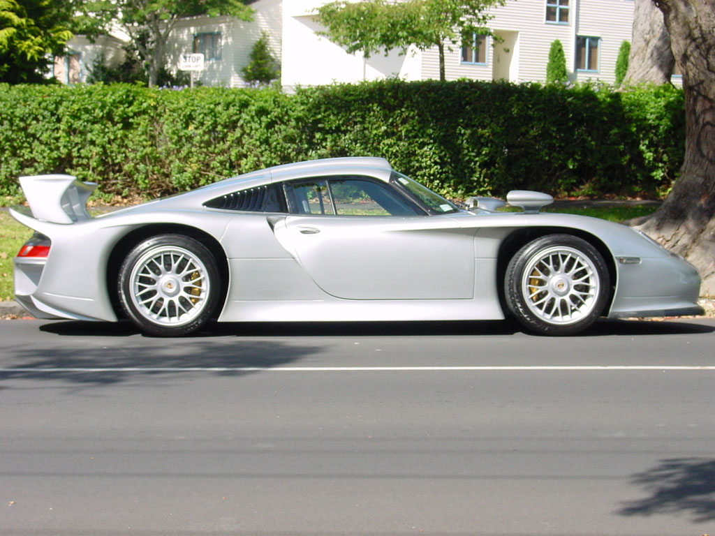 porsche 911 gt1 picture 15281 porsche photo gallery. Black Bedroom Furniture Sets. Home Design Ideas