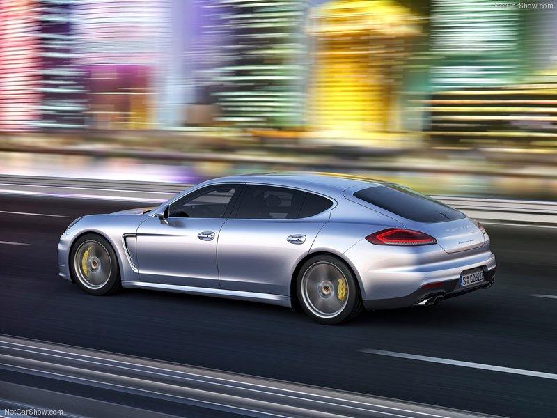 Фото Porsche Panamera.