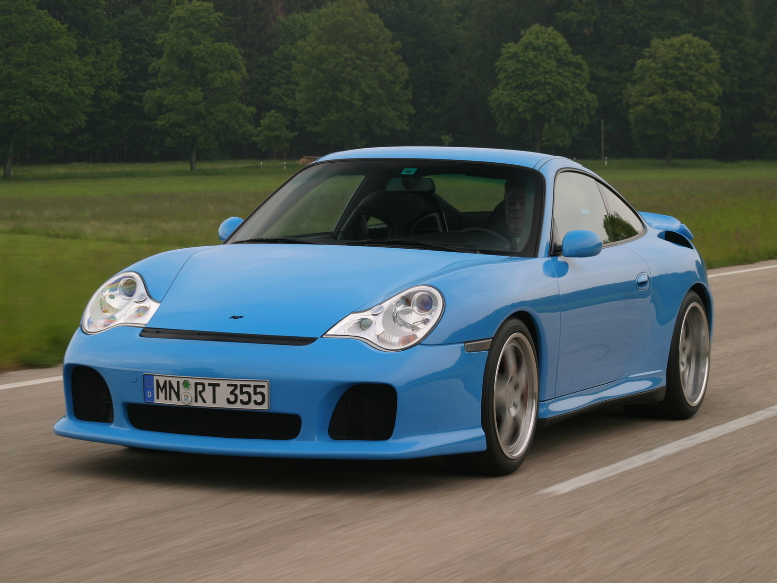 Ruf R Turbo photos - PhotoGallery with 8 pics| CarsBase.com