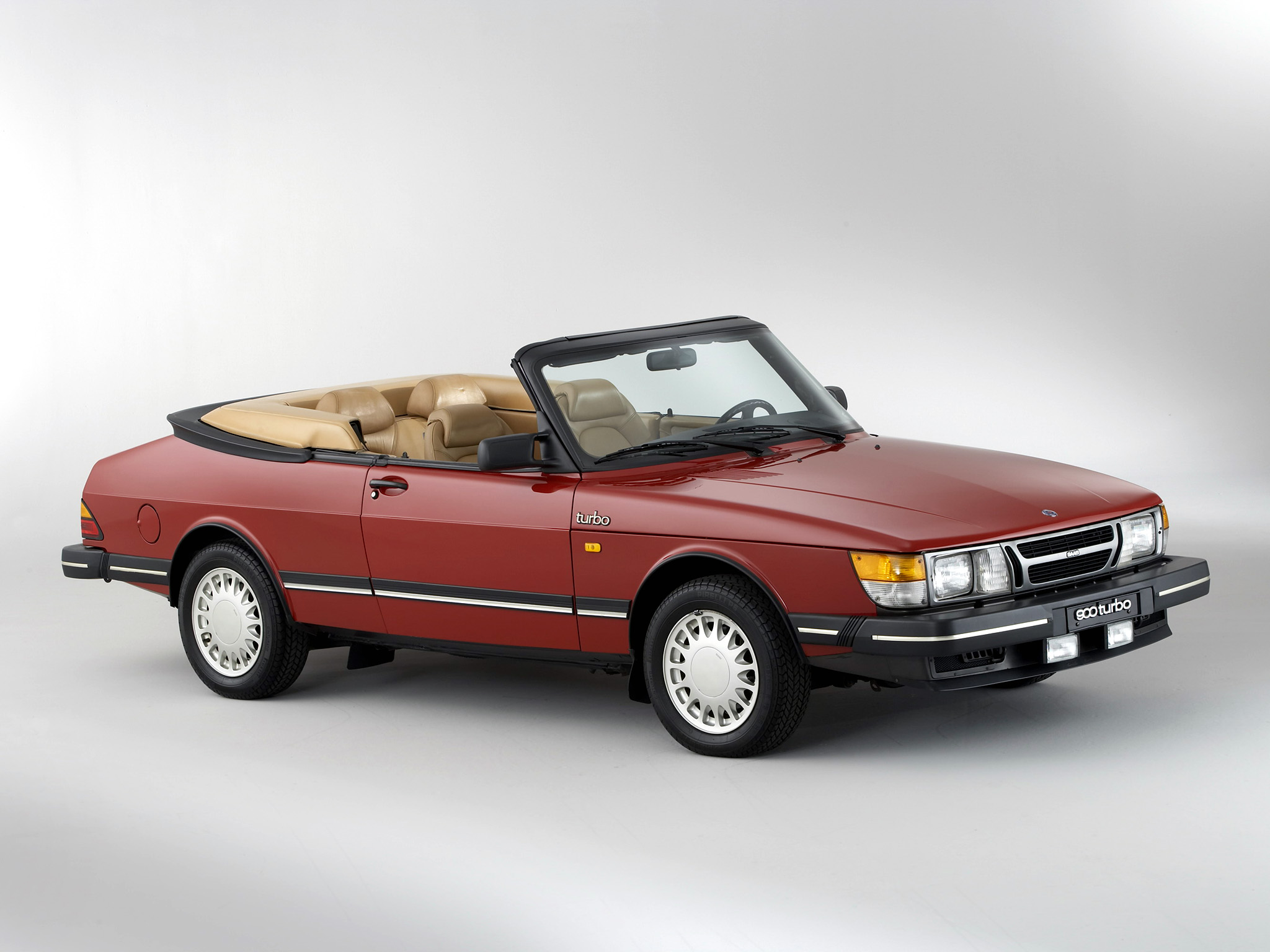 Saab 900 Picture 84037 Saab Photo Gallery Carsbase Com
