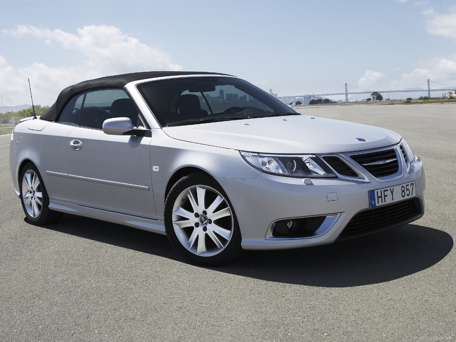 saab 9 3 convertible photos photogallery with 15 pics. Black Bedroom Furniture Sets. Home Design Ideas