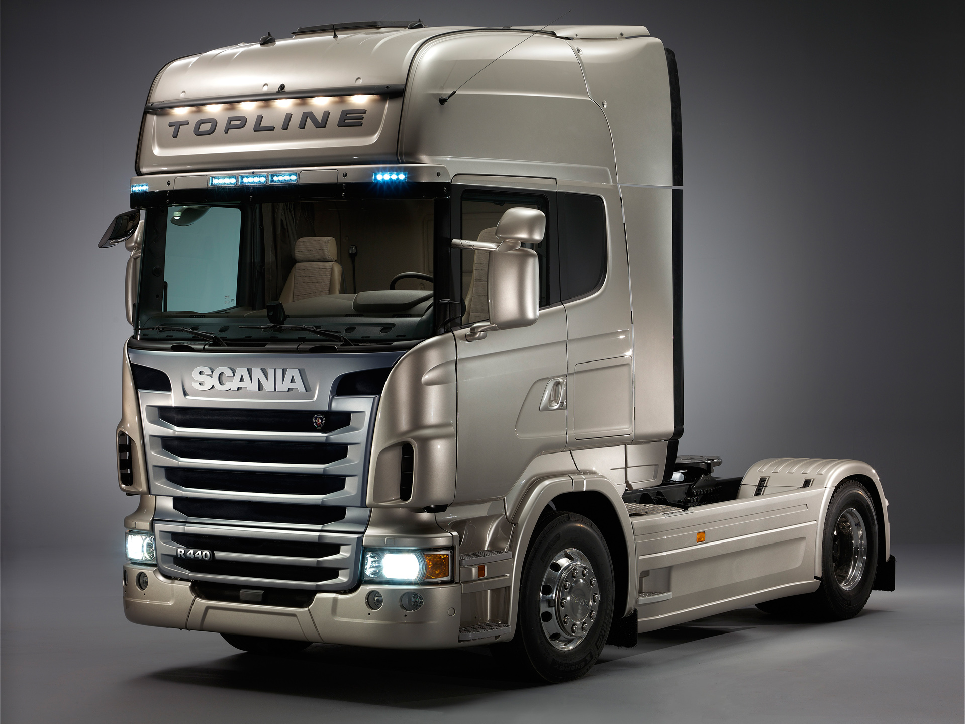 Scania R-Series photos - PhotoGallery with 71 pics ...