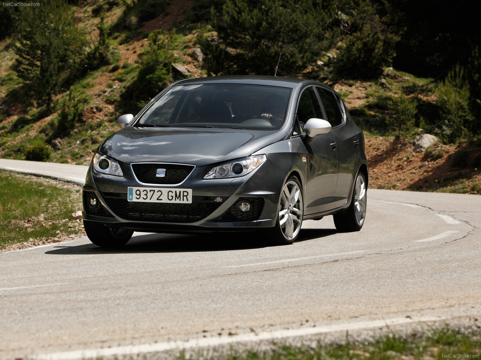 seat ibiza fr photos photogallery with 29 pics. Black Bedroom Furniture Sets. Home Design Ideas