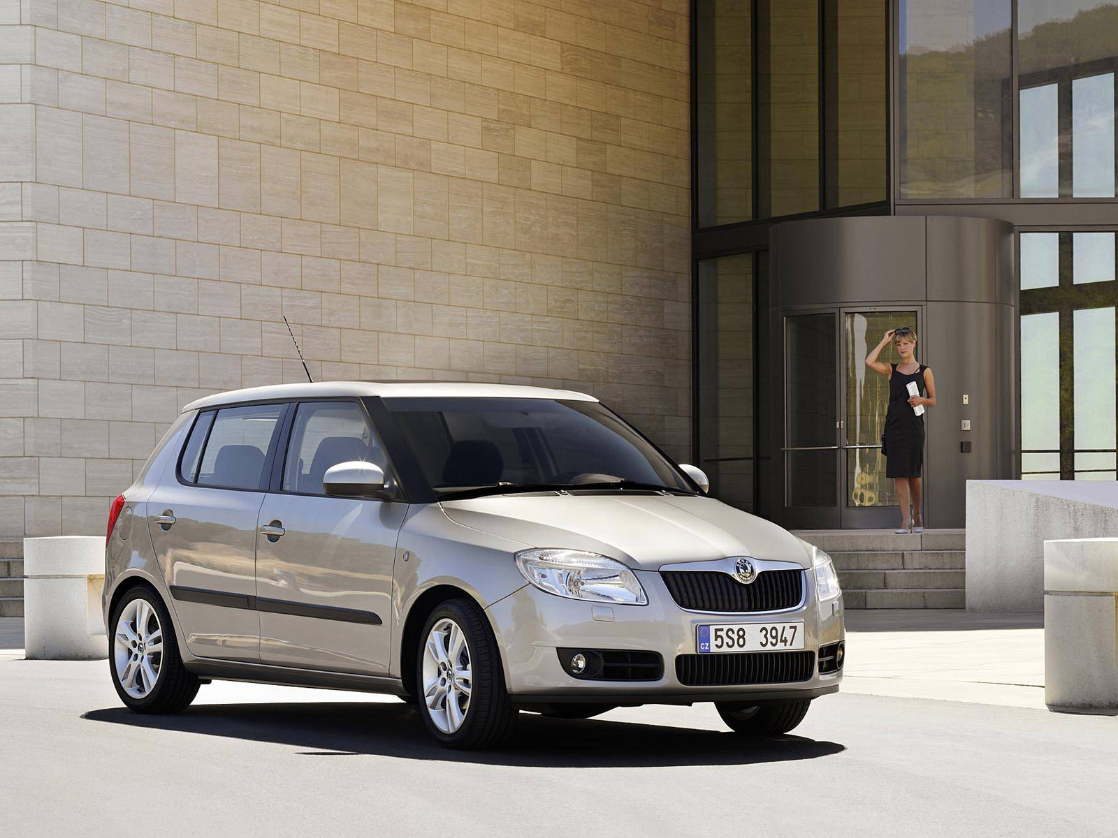 skoda fabia ii photos photogallery with 13 pics. Black Bedroom Furniture Sets. Home Design Ideas